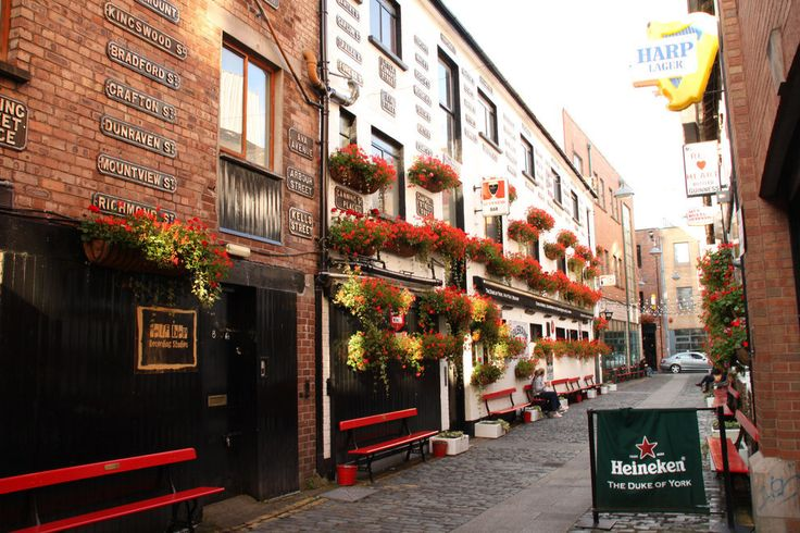 Because there are so many bars here. | 46 Reasons You Should Stay In Belfast Forever