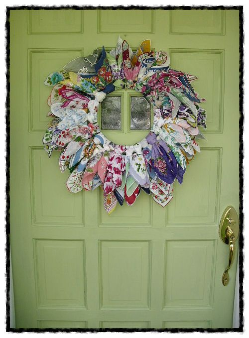 vintage old hanky hankie wreath ♥