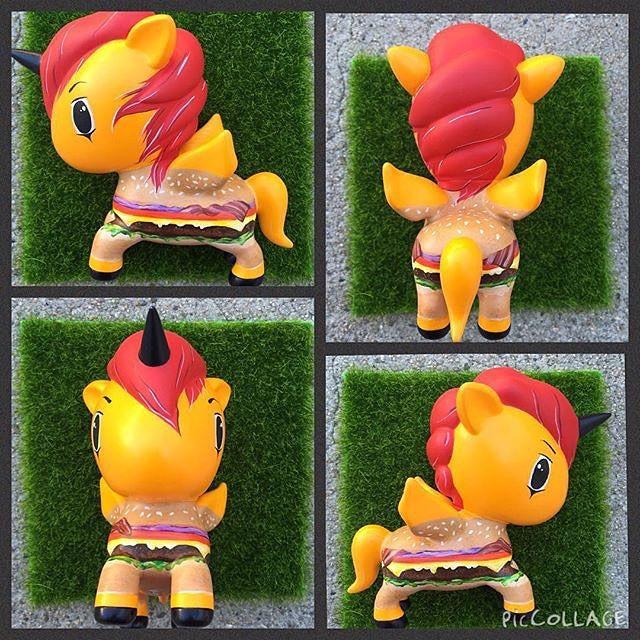 Unicorno or Burgercorno?  Thank you @art_venom for sharing this deliciously awesome DIY Unicorno called Mac!  #tokidoki #unicorno #DIYUnicorno #fanart #art #vinyl #toy
