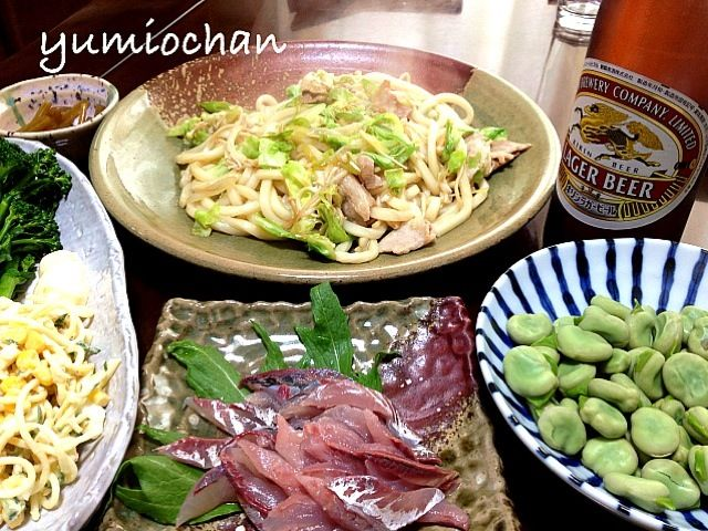 南房総では、もう空豆が収穫できました 焼きうどん 鯵のお造り 空豆 スパサラ&茹でブロッコリー - 47件のもぐもぐ - 2013.4.7 実家からのお土産を並べてランチ by yumiochan