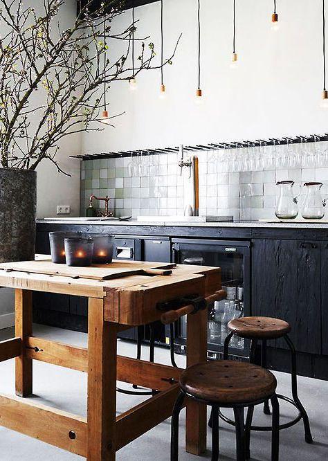 strakke keuken met oude werkbank - Google zoeken
