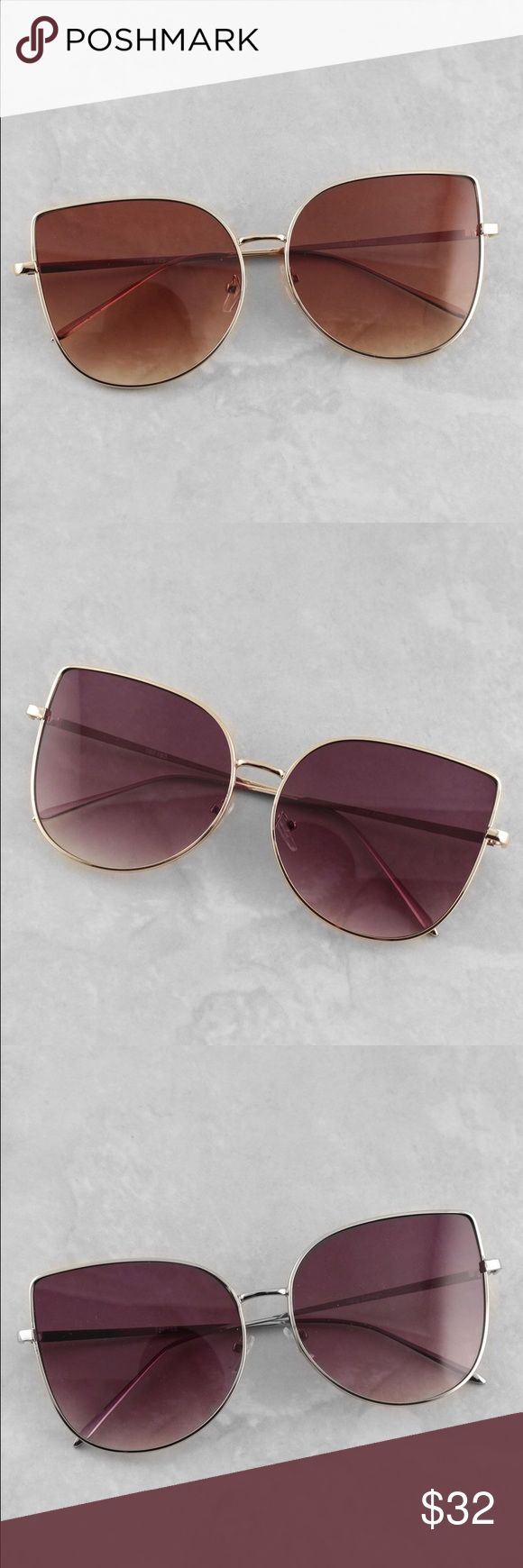 Winged aviators Price is for 1 pair.        UV protection with impact resistant lenses Contoured arms ❤️This pair will be marked down to $20 this weekend so lemme know if u want it❤️ Accessories Sunglasses