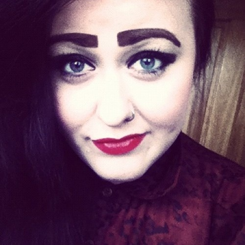 78 Best images about Eyebrow Fail on Pinterest | The 20s ...