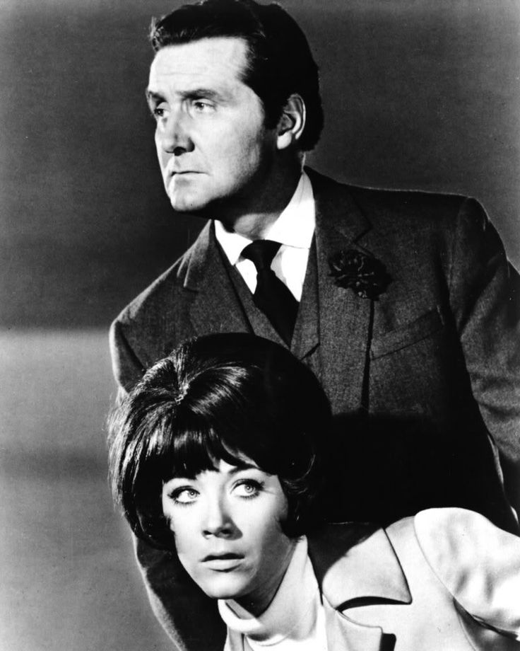 Image Detail for - Linda Thorson & Patrick Macnee aka Tara King & John Steed - 85,1 Ko