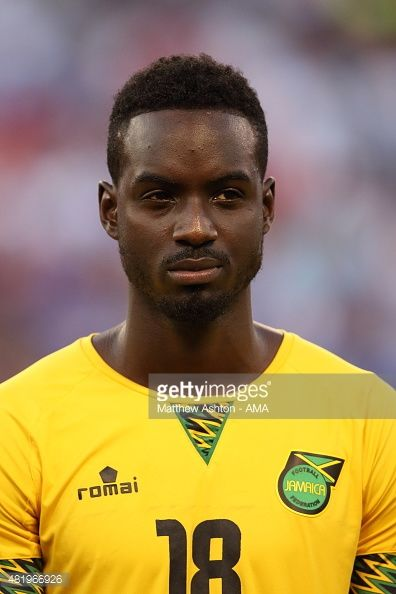481966926-simon-dawkins-of-jamaica-during-the-gold-cup-gettyimages.jpg (396×594)