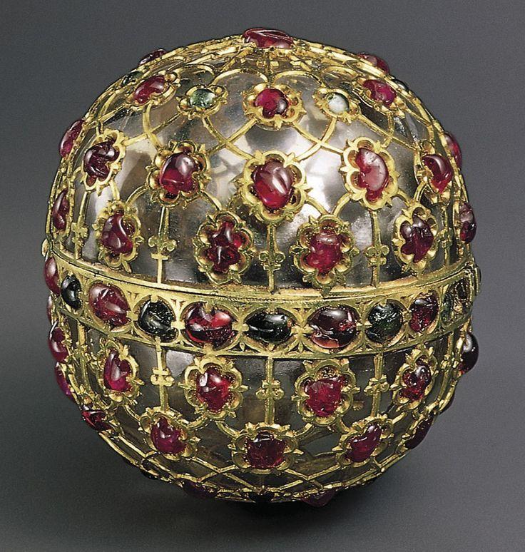Arte anónimo - Caja de cristal de roca (siglo XVI, colección al Sabah, Kuwait)
