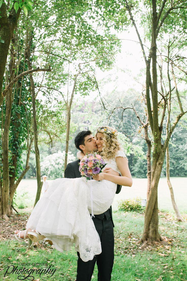 Fairy tail wedding #groom #bride #love #kiss #boho | @AliceCoppola Photographer