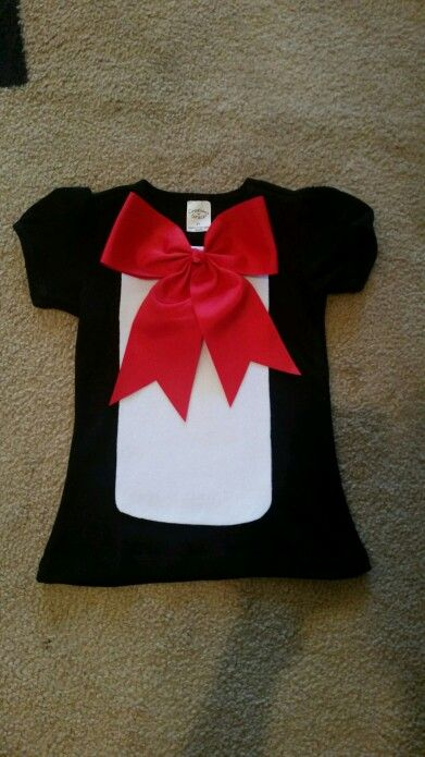 I made this cat in the hat shirt for a costume for my daughter
