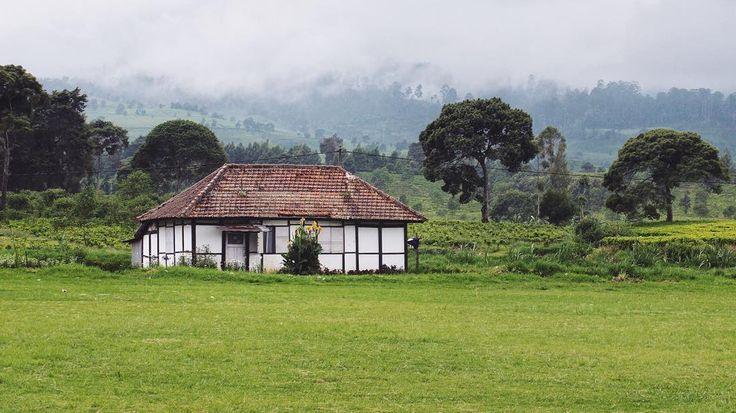 Hut. . . . . . #nature #landscape #explorebandung #indonesia #passionpassport #indonesiagateway #livefolk #liveauthentic #livefolkindonesia #instagood #instasunda #vsco #vscocam #neverstopexploring #igmasters