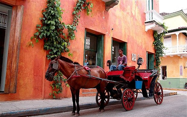 Horse-drawn cart in colonial quarter of Cartagena, Colombia