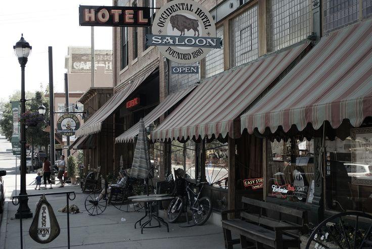 Buffalo, Wyoming © dave ungar/Flickr