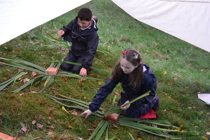 Willow weaving workshop. Discovering how early settlers lived in The Glen of The Red River