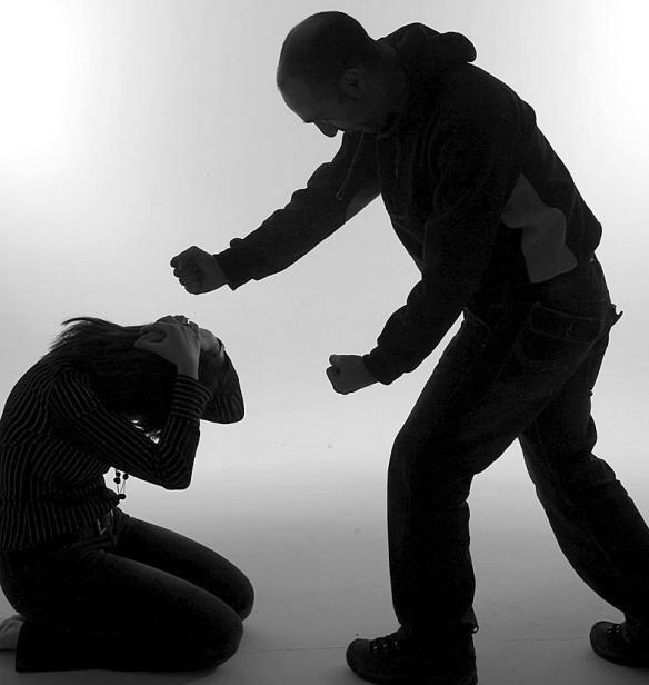 Ciudad de Mexico.- En México, 68 por ciento de las mujeres de 15 años o más que han estado en pareja afirman haber sufrido en cierto momento de su vida algún tipo de violencia, señaló Noemí Díaz Ma…