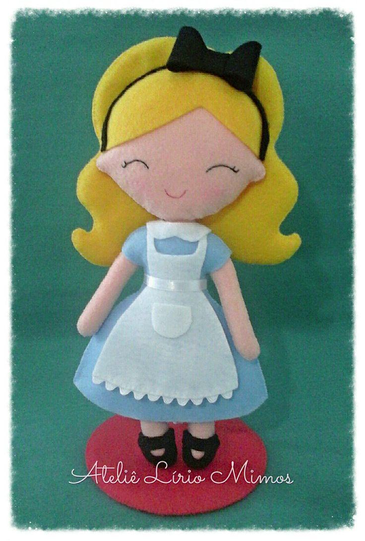 Boneca de feltro - Alice no País das maravilhas