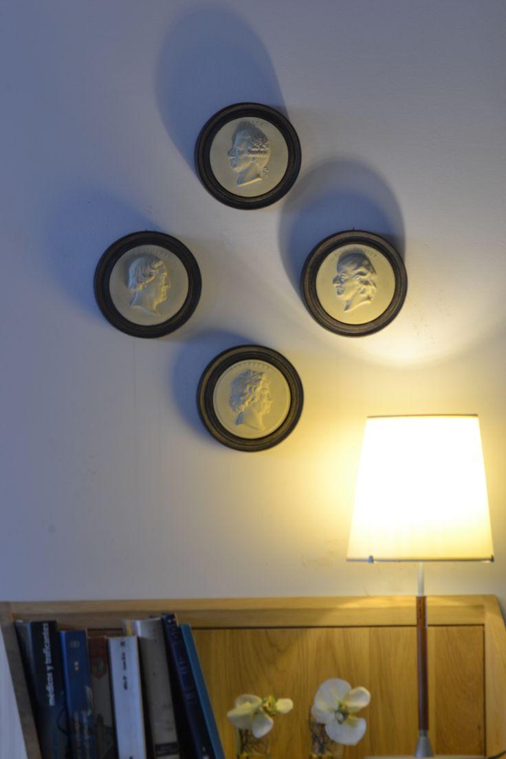 #interiorismo #interiordesign #decoracion #arquitectura #diseño #diseno #decoration #housedesign #deco #details #home #homedesign #hogar #muebles #furniture #dekor #tendencias #design #homedeco #vintage #chic #lifestyle #retro #modern #style #living #livingroom #medallones  #colgantes #complementos #lugo