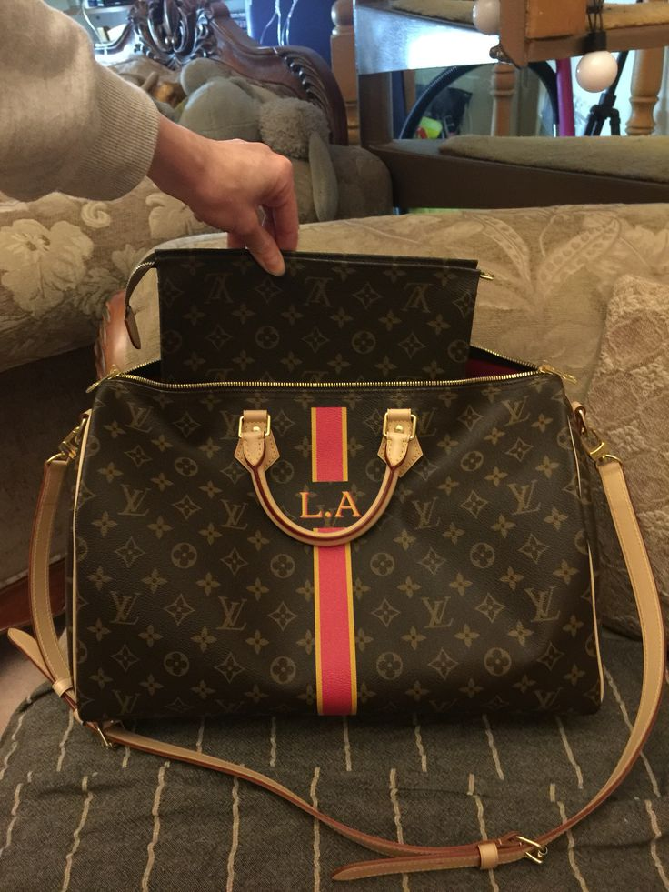 Louis Vuitton Speedy 40 Bandouliere bag and Toiletry pouch 26