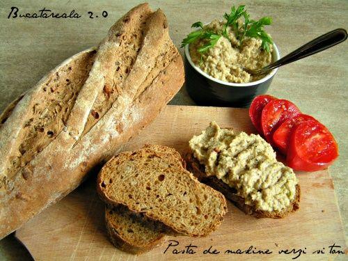 Pasta de masline verzi si ton - http://www.gustos.ro/retete-culinare/pasta-de-masline-verzi-si-ton.html