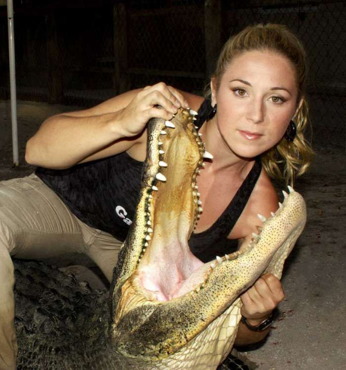 Ashley Lawrence Gator Boys Panties | Ashley Lawrence (above) and Chris Gillete, from Animal Planet's Gator ...
