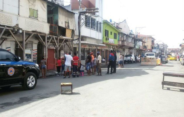 Joven cae de un primer alto de inmueble en Colón - Panamá América