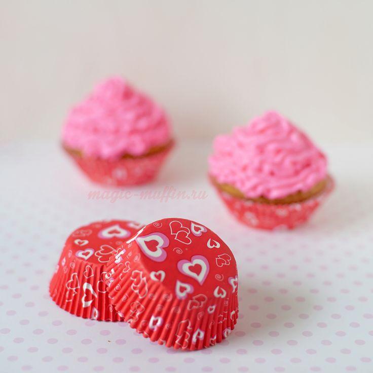 Формочки Сердечки на красном, 12 шт. капкейк маффин торт декор крем выпечка рецепт cupcake muffin cake cup baking frosting decor birthday