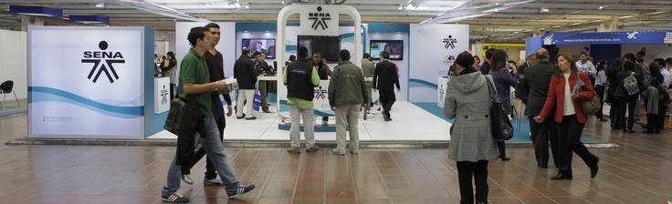 COLOMBIA 'AVANZA' CON NUEVAS OFERTAS DE TRABAJO  Bogotá, 16 de marzo de 2012.- 'Búsqueda activa de oportunidades laborales' es una de las charlas que el Servicio Nacional de Empleo realiza en la Feria Avanza, que se realiza en Corferias. Al evento han asistido más de 5.000 personas.