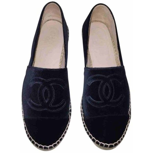 Navy Leather Flats CHANEL (17501045 BYR) ❤ liked on Polyvore featuring shoes, flats, sapatos, navy blue shoes, flat pumps, navy flats, leather shoes and leather flats