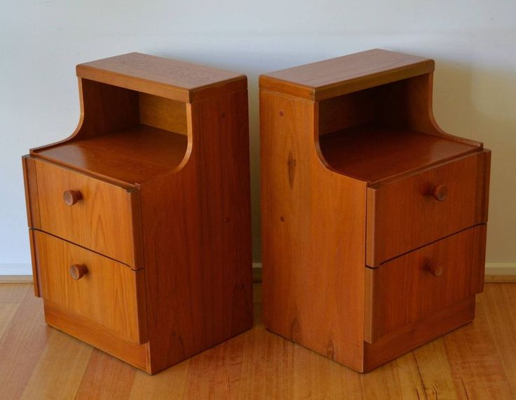 retro mid century danish modern teak bedside tables / drawers x 2 by Sumna