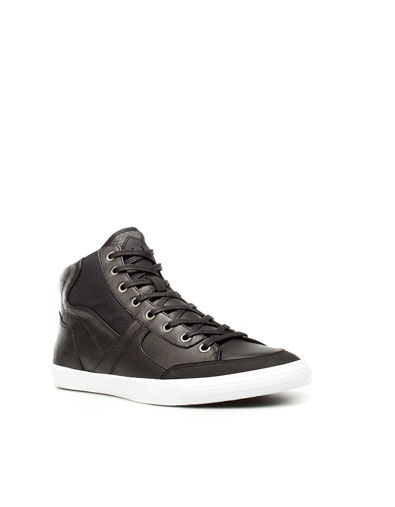 DEPORTIVO BOTÍN COMBINADO - Zapatos - Hombre - ZARA Colombia. Nice shoes for a guy and it makes it a plus that it's from my country!!