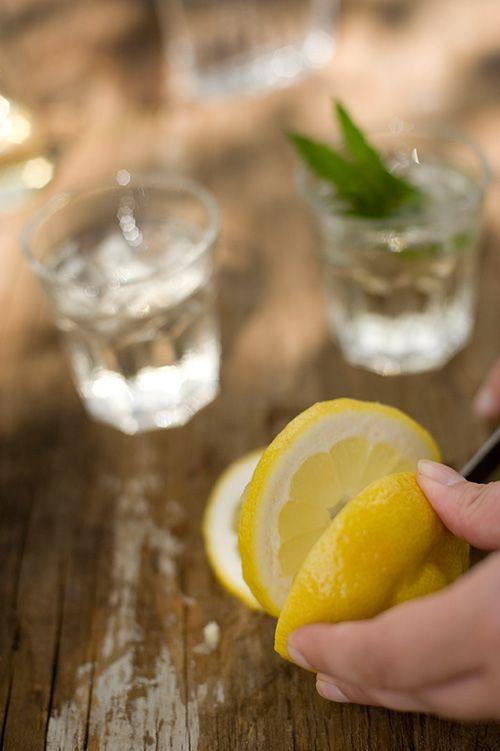 Elderflower Drink (using IKEA elderflower syrup, non-alcoholic plus a version with gin)