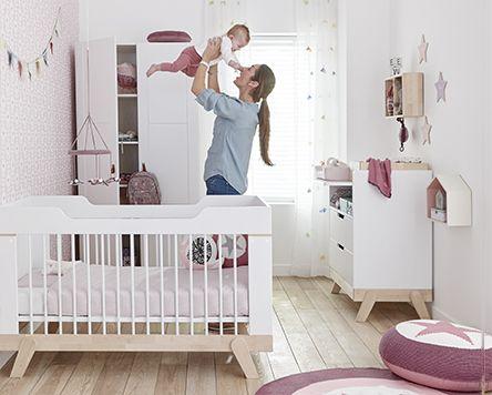 Lifetime Babykamer : commode,bed,kast Kleur: wit  Lifetime Kidsrooms  Slaapkenner Theo Bot Dorpsstraat 162 Zwaag www.theobot.nl info@theobot.nl