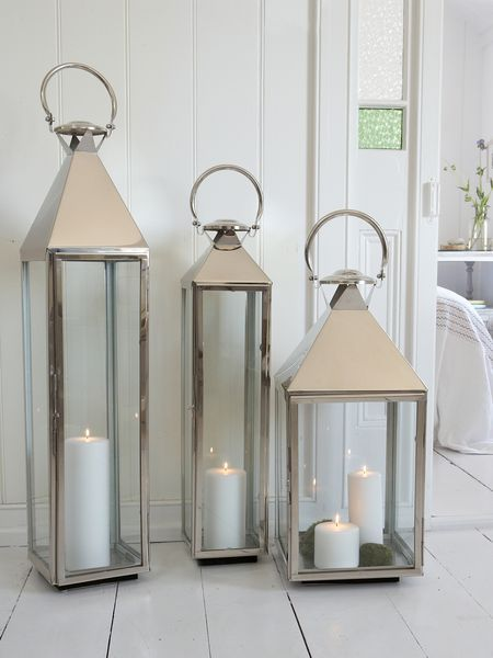 Place Outside Marquee on the floor these Big Stainless Steel Lanterns