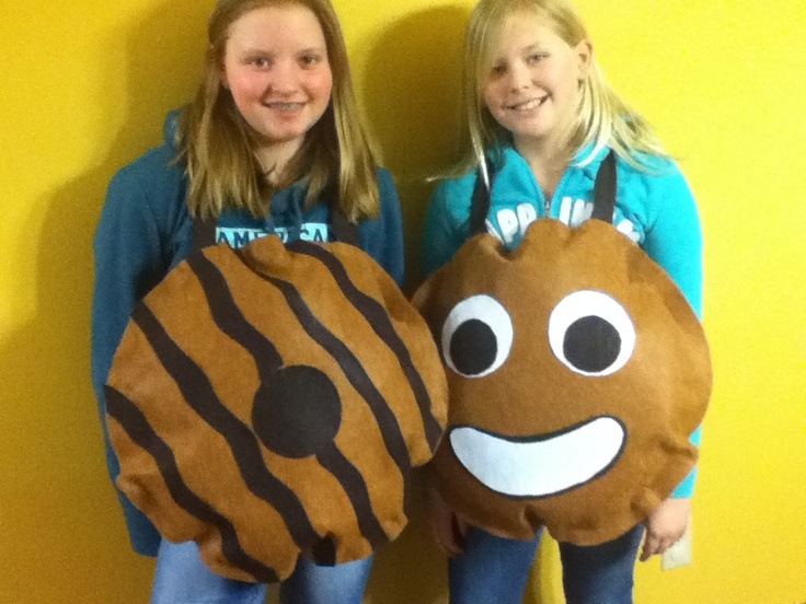 how to make a girl scout cookie costume