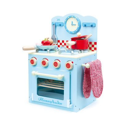 Le Van Oven and Hob Set This set is so cute! And excellent resource for imaginative play and hours of fun. For more information follow the link below http://www.shellstreasures.com.au/#!product/prd1/1339182581/le-van-oven-and-hobb-set