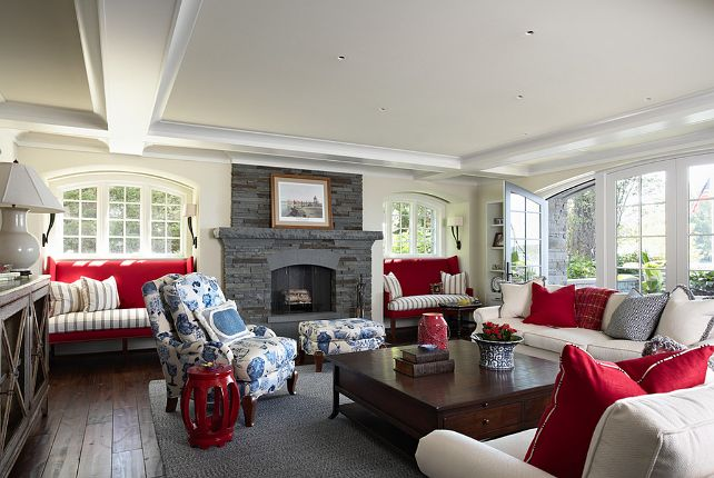 Traditional Lake House Interior Design | Posted by zuhairah at 6:02 AM