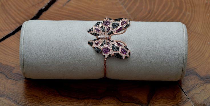 Silver Butterfly Bracelet - Sparkling Swarovsky Bracelet - Dainty Free Size Bracelet -  Gift For Her - Silver Jewelry by ArtesSilver on Etsy