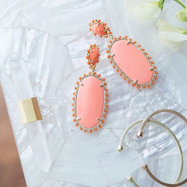 The Parsons Statement Earrings in Coral, a pop of color balanced by soft neutrals - Kendra Scott Jewelry
