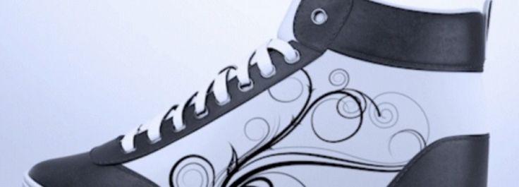 Wow, Sepatu Ini Bisa Ganti Desain Lewat Smartphone!