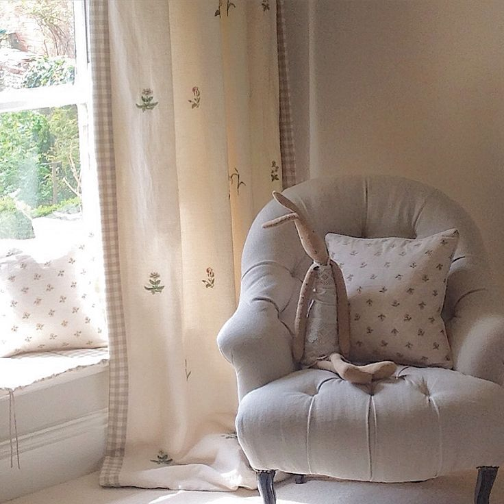 Hattie Hatfield | Interiors. Fabric by Barbara Coupe and Peony and Sage x