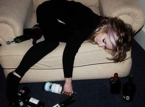 Girls Who Had A Worse Party Than You #Fun #lol