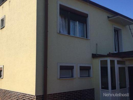 Dvojgeneračný rodinný dom v obci Mojmírovce pri Nitre - obrázok