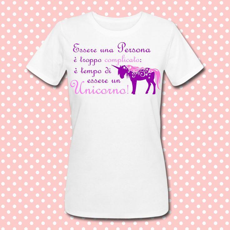 Gattablu stampa le tue t-shirt personalizzate, scegli tra le tantissime grafiche a colori brillanti firmate Gattablu Shop Online, oppure disegna la tua maglietta e personalizza il tuo guardaroba, per outfit unici al mondo! #tee #tshirt #outfit #moda #fashion #unicorno #unicorn #funny #divertente #quote #frase