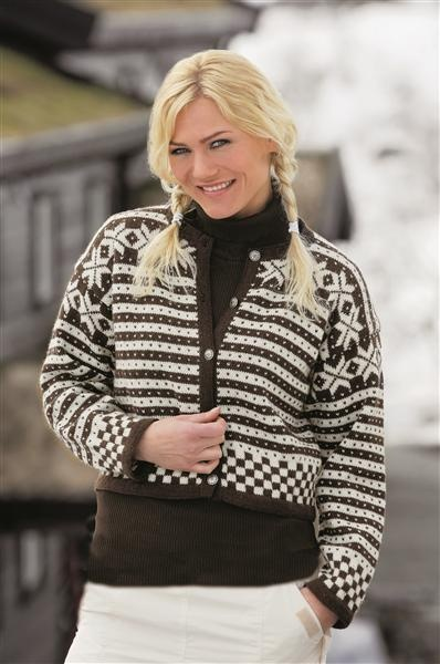 Modell 18, Fanakofte from Sandes Garn knitting book '0712 To Mountains'