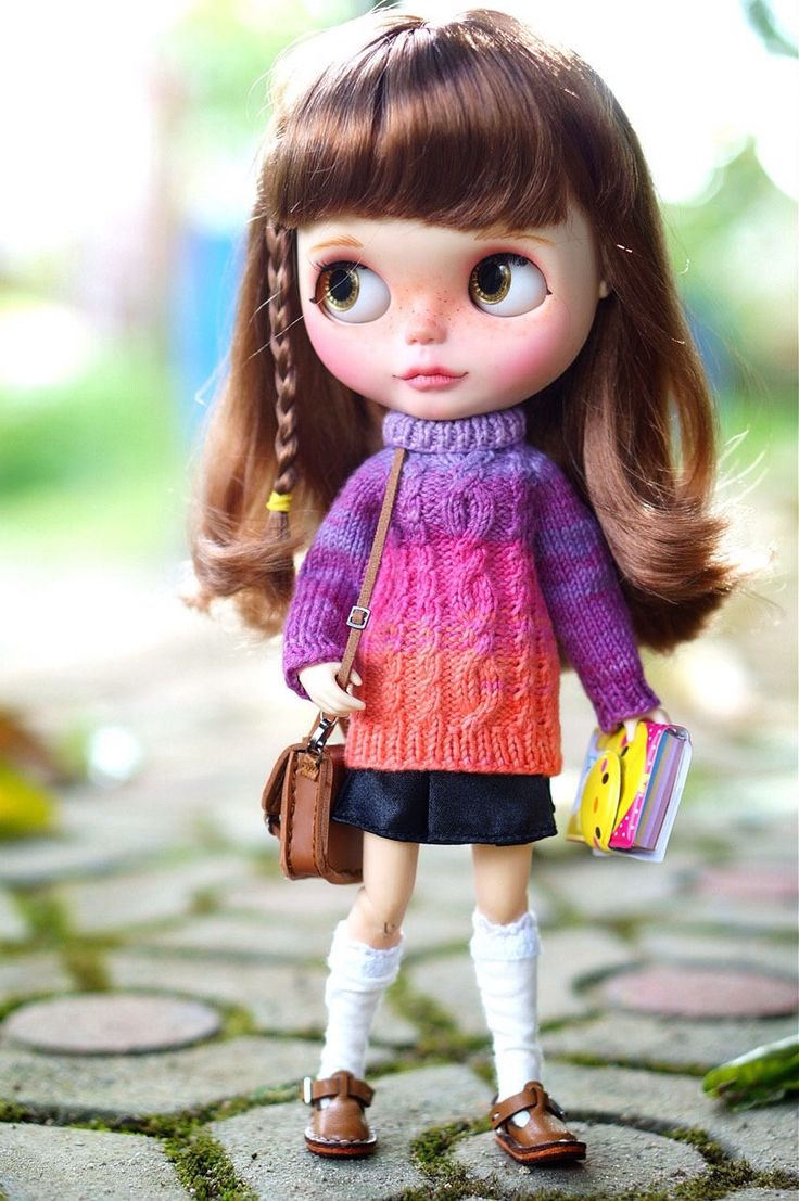 Excited to share the latest addition to my #etsy shop: Sweater for Blythe and 1/6 bjd YoSd size
