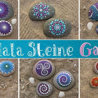 Meine erste Anleitung zum Mandala Stein Malen hat euch so gut gefallen, dass ich gleich noch eine gemacht habe. Diesmal mit einem grün-blauen Mandala! Ich habe wieder die gleichen Farben* und Pinsel* verwendet wie in der ersten Anleitung. Wer genauere Informationen zur Maletechnik und den verwendeten Steinen, Farben und Pinseln möchte, der kann diese in meiner Anleitung für violette Mandala Steine nachlesen. Für Mandala Steine eignen sich am besten runde, abgeflachte Steine mit glatter…