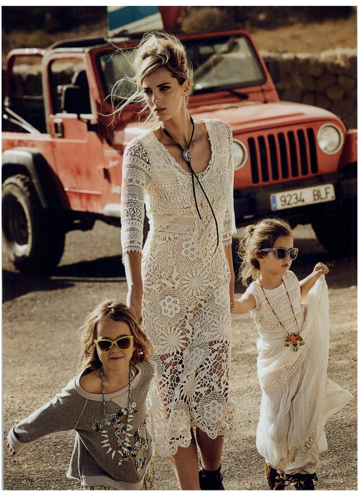 TWIN-SET Simona Barbieri: macramé dress. Magazine: Vanity Fair 25.03.2015
