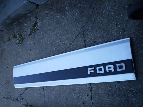 1987 Ford F150 >> 87-96 FORD TAILGATE TRIM PANEL TRUCK F150 F250 F350 RARE OEM 460 351 | Classic and Modern car ...