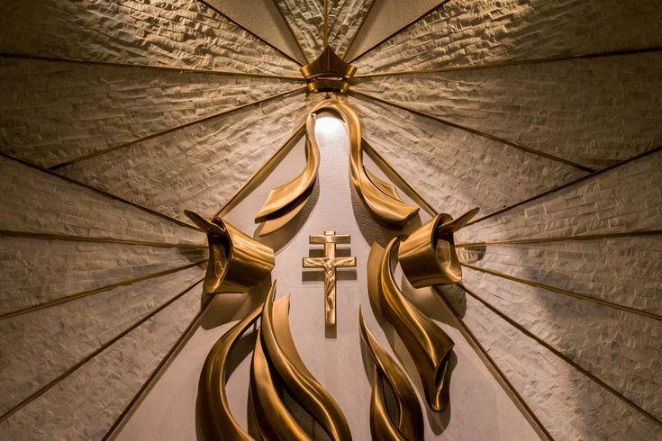 Imagen/fotografía católica de alta resolución etiquetada como: virgen maria, reina, madre. ¡Descárgala gratis en Cathopic!