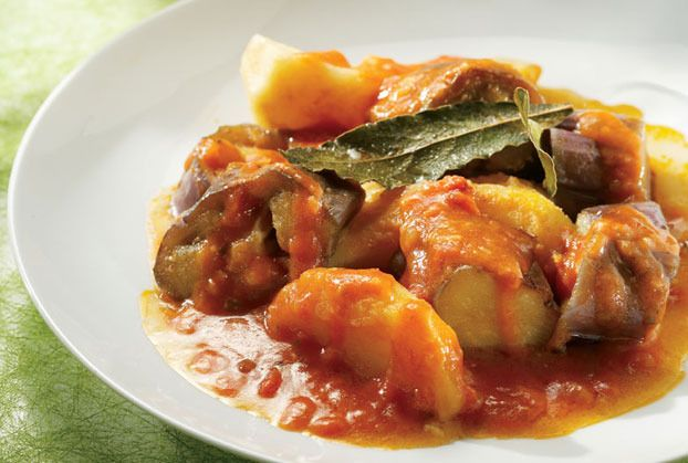 Potatoes with Eggplants in sauce  Patates-giaxni-me-melitzanes
