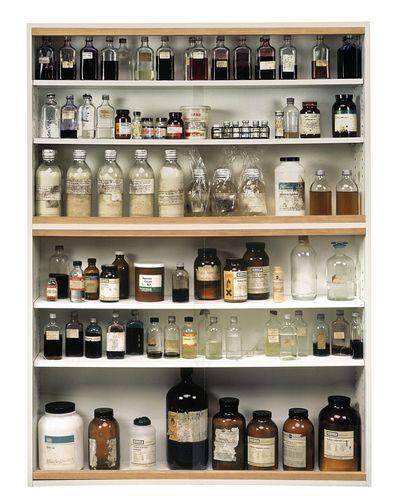 Damien Hirst - Medicine Cabinet
