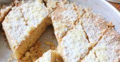 Bu harika tatlı son kırıntısına kadar adını hakediyor. O kadar özel bir lezzeti var ki, ne kek ne kurabiye, ağızda helva gibi dağılan bir ...